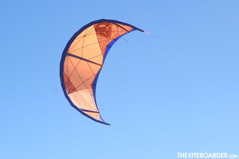2017-Airush-Lithium-Kite_106994B.jpg