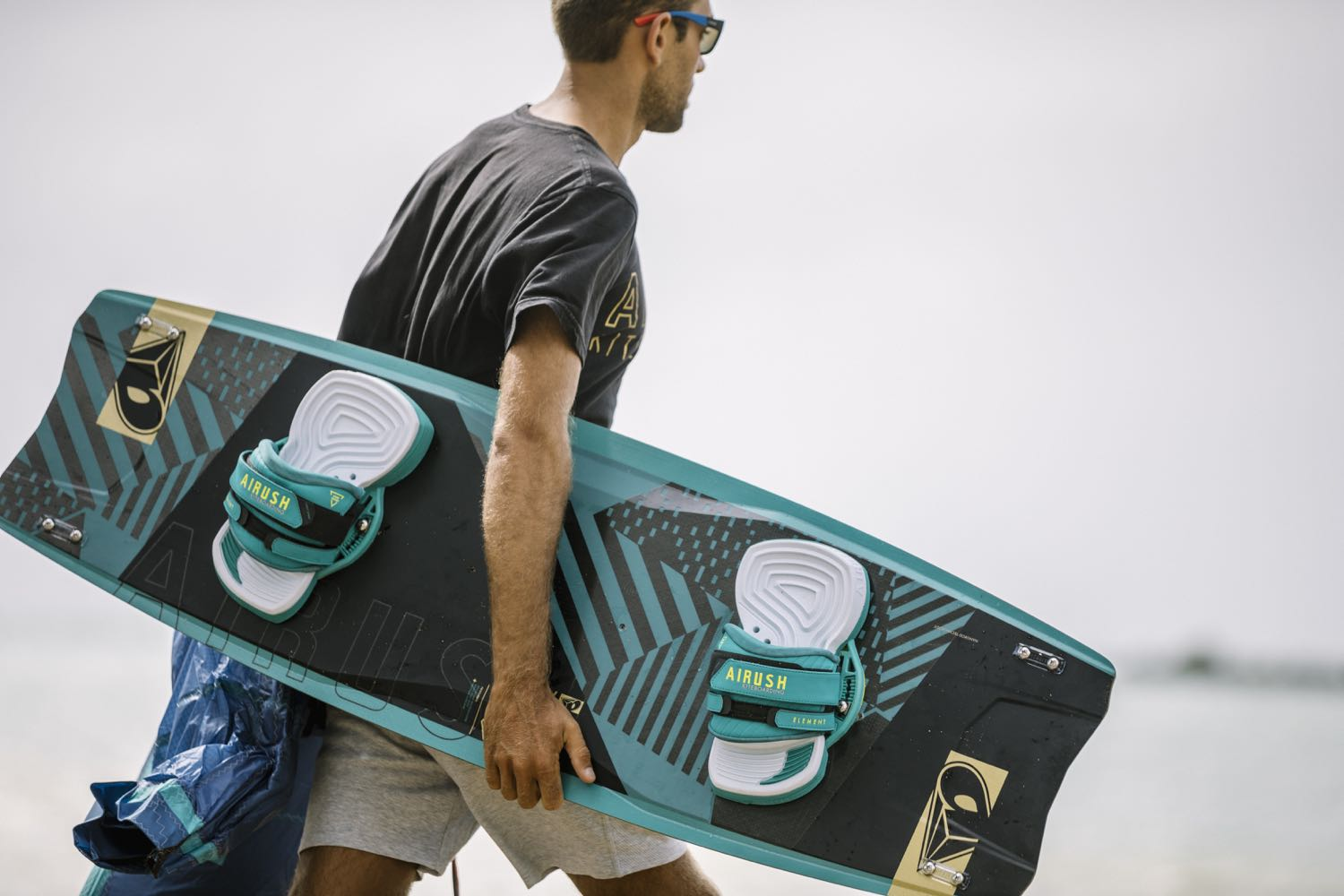 2018-Airush-Apex-TEAM-Kiteboard_119948B.jpg