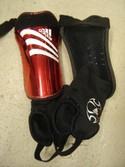 Adidas-Red--White-Shin-Guards-Size-Small_141326B.jpg