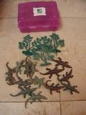 Animal-Planet-CrocodilesAlligators-Pretend-Play-w-Purple-Plastic-Case_197519A.jpg