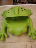 Boon-Frog-Pod-Bath-Toy-Scoop-Drain-and-Storage_201449B.jpg