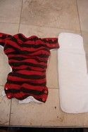 Ecobubs-Medium-Striped-Cloth-Pocket-Diaper-Size-Medium_182541A.jpg