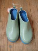 Garden-Gate-Designs-Sz-Youth-131-Clogs-Slip-On-Olive-Garden-Shoes_154148C.jpg