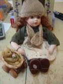 NIGC-New-In-Box-Genuine-Hand-Painted-Porcelain-Doll._145065B.jpg
