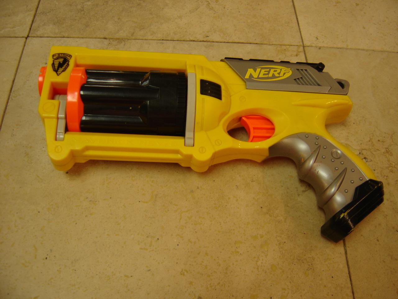 Nerf-N-Strike-Maverick-Rev-6-Dart-Gun- ...