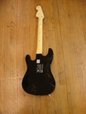 Playstation-3-Rock-Band-Harmonix-Fender-Stratocaster-Guitar-controller-19091_191034B.jpg