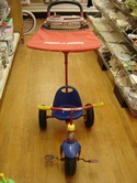 Radio-Flyer-Deluxe-Canopy-Steering-Tricycle_204556A.jpg