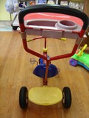 Radio-Flyer-Deluxe-Canopy-Steering-Tricycle_204556E.jpg