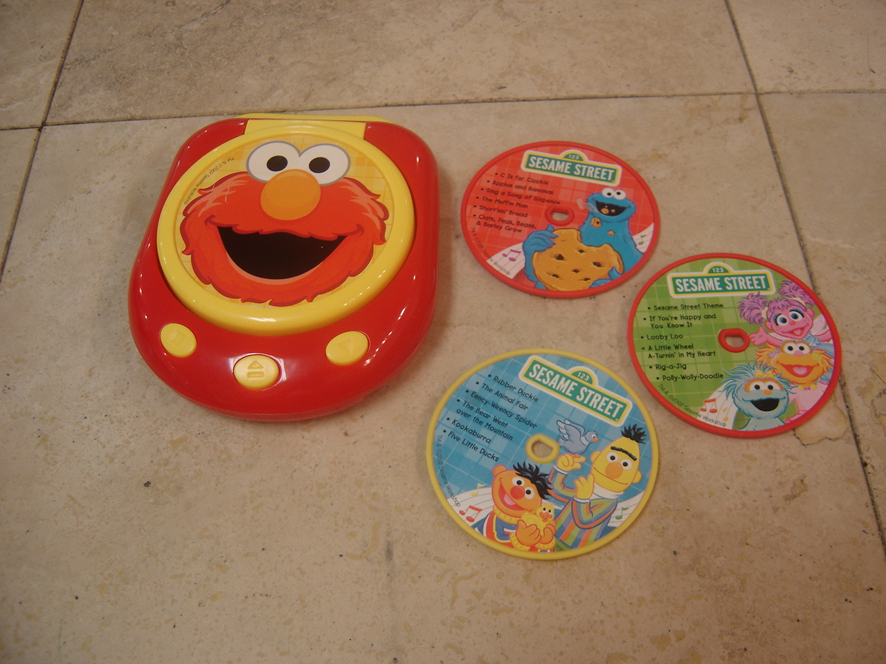 Readers Digest Sesame Street Music Player Toy | Enkore Kids