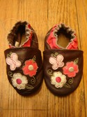 Robeez-Size-Infant-0-Brown-with-Pink-Flowers-Slip-On-Leather-Shoes_174493A.jpg