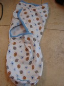 Summer-Infant-Swaddler-Swaddle-Me-Blanket---Sports-Themed---7-14lbs_167219A.jpg