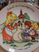 Vintage-1986-Avon-School-is-a-New-Beginning-Joan-Walsh-Anglund-Porcelain-Plate_179135B.jpg