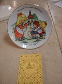 Vintage-1986-Avon-School-is-a-New-Beginning-Joan-Walsh-Anglund-Porcelain-Plate_179135C.jpg