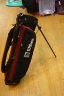 Wilson-Burgundy-and-Black-Golf-Bag-with-Tripod_194679A.jpg