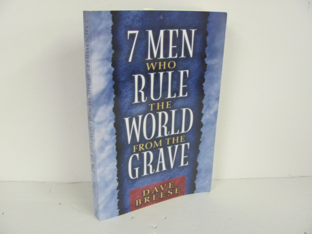 Moody-7-Men-Who-Rule-the-World-Used-Bible_313531A.jpg