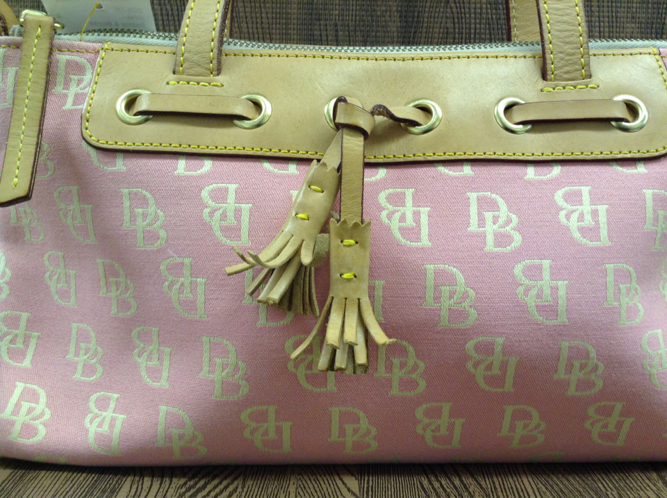 Logo Canvas Leather Tassle Pink Purse