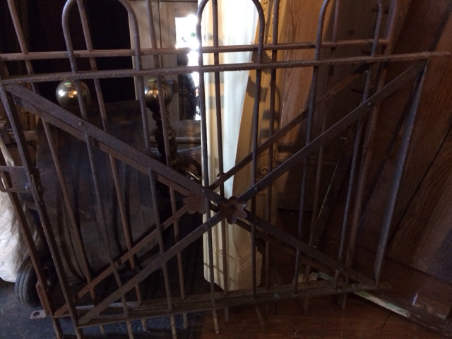 Iron-Fencing_2340A.jpg