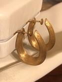 14k-Yellow-Gold-Brushed-Finish-Large-HOOP-Screw-Back-Earrings_37021E.jpg