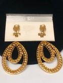 1980s--Chantelle-Rhinestone-Gold-tone-Dangle-Earrings-on-Card_31855C.jpg