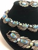 Florenza-Silvertone-Molded-Blue-Aurora-Borealis-Parure-Necklace-Bracelet-Earring_32116C.jpg