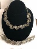 Florenza-Silvertone-Molded-Blue-Aurora-Borealis-Parure-Necklace-Bracelet-Earring_32116H.jpg