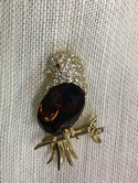 Joan-Rivers-Goldtone-Amber-Belly-Rhinestone-BIRD-Brooch-Pin_29284B.jpg