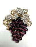 Retired-Swarovski-Goldtone-Bordeaux-Grapes-Cluster-Pin-Brooch_34803E.jpg
