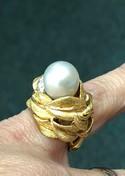 Vintage-18k-Yellow---White-Gold-Big-Bold-Pearl--Diamond-Ring-Sz-6.25_36443G.jpg