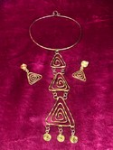 Vintage-Abstract-Pendnat-Necklace-and-Earrings-Set_27678B.jpg