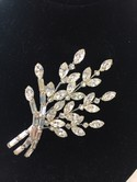 Vintage-Clear-Rhinestone-Flraol-Spray-Pin-Brooch-Wedding_28779C.jpg