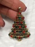 Vintage-Hollycraft-Goldtone-Multi-Color-Rhinestone-Christmas-Tree-Brooch-Pin_33518B.jpg