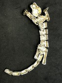 Vintage-Silvertone-Rhinestone-Articulated-Tiger-Cat-Shoulder-Brooch-Pin_32772C.jpg