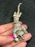 Vintage-Silvertone-Rhinestone-Articulated-Tiger-Cat-Shoulder-Brooch-Pin_32772D.jpg