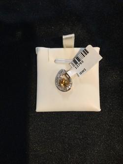 10K  Gold  CTW .05 CTW Diamond Pendant