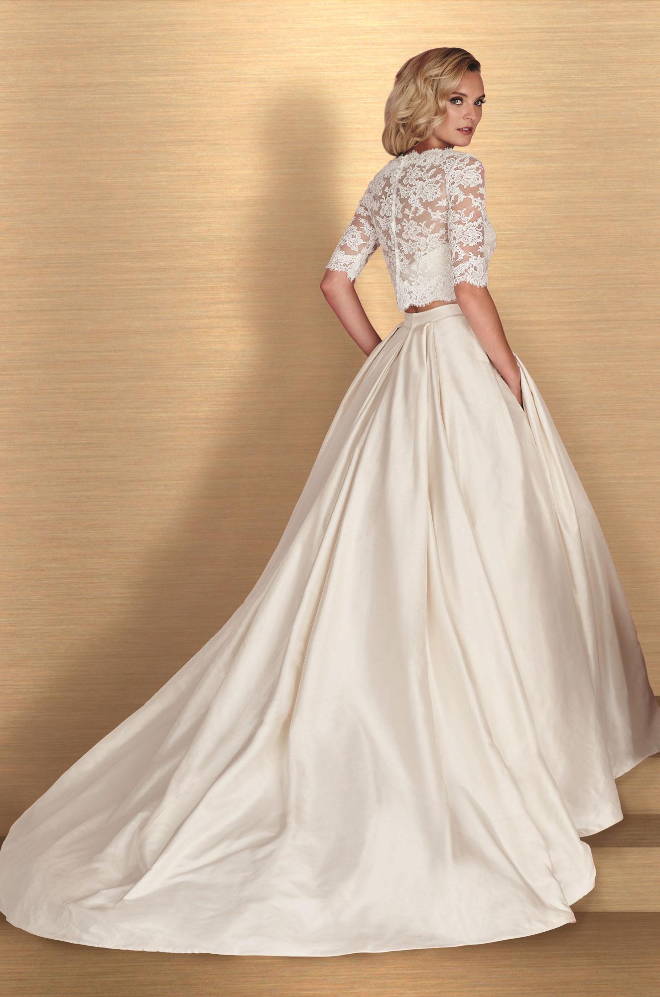 Paloma-Blanca-4667-3-Piece-Gown-Salon-Sample_6189B.jpg