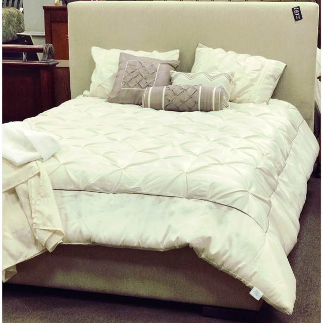 Lazor Ind. Camel Queen Bed_65736A