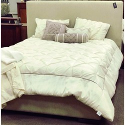 Lazor Ind. Camel Queen Bed