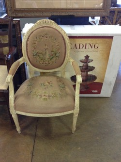 Vintage Queen Anne Chair Encore Home Gallery