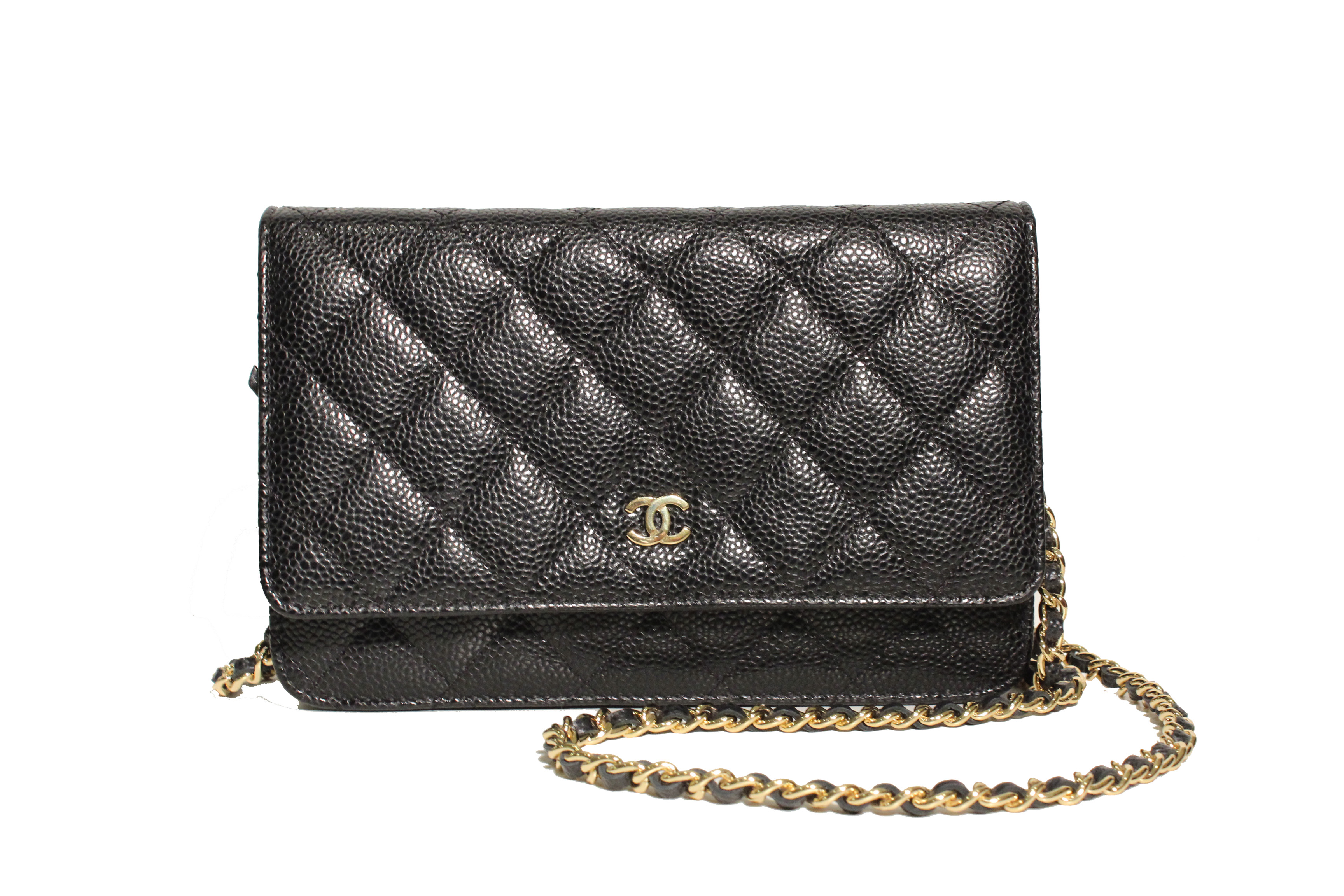 Chanel caviar wallet on chain photo