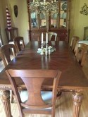 Broyhill Dining Room Table & 8 Chairs