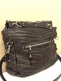 Junior Drake Used Leather Black Pleated Purse
