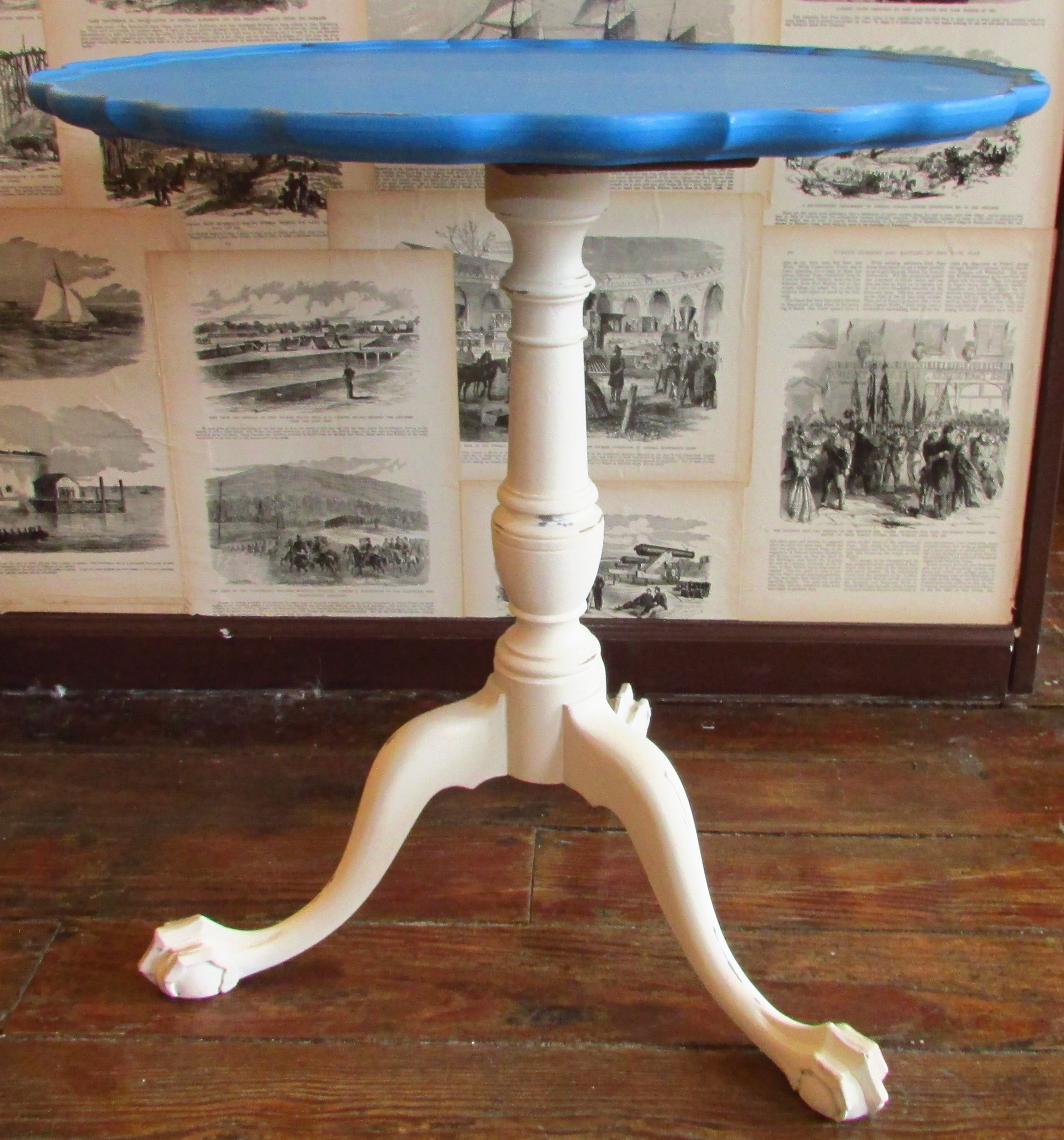 Mahogany Pie Crust Table With Claw  Ball Feet_68931A ...