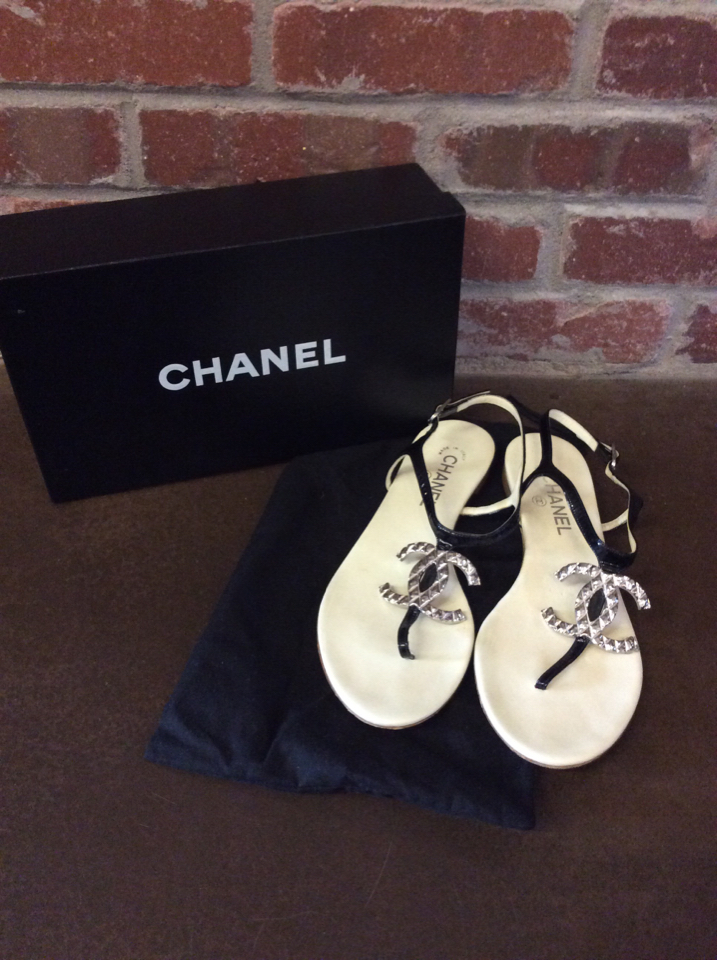 Chanel-Size-39.5-Entre-Doigts-Sandals_47551A.jpg