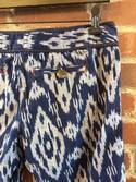 Ett-Twa-Size-6-Bermuda-Walking-Shorts_37915D.jpg