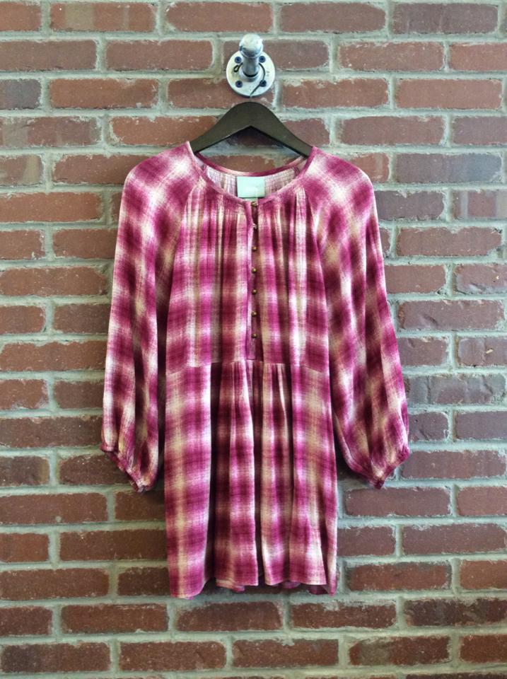 Maeve-Calavon-Size-L-Shirt_52146A.jpg
