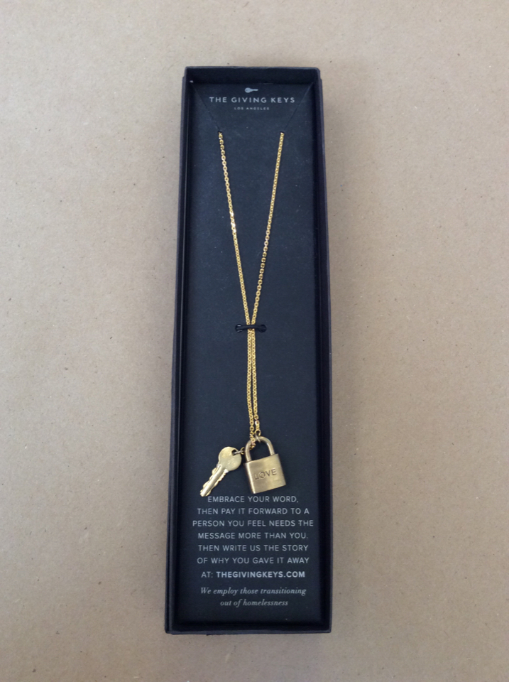 NEW-The-Giving-Keys-Necklace---LOVE-Lock--Key-Lariate-GOLD_37629A.jpg