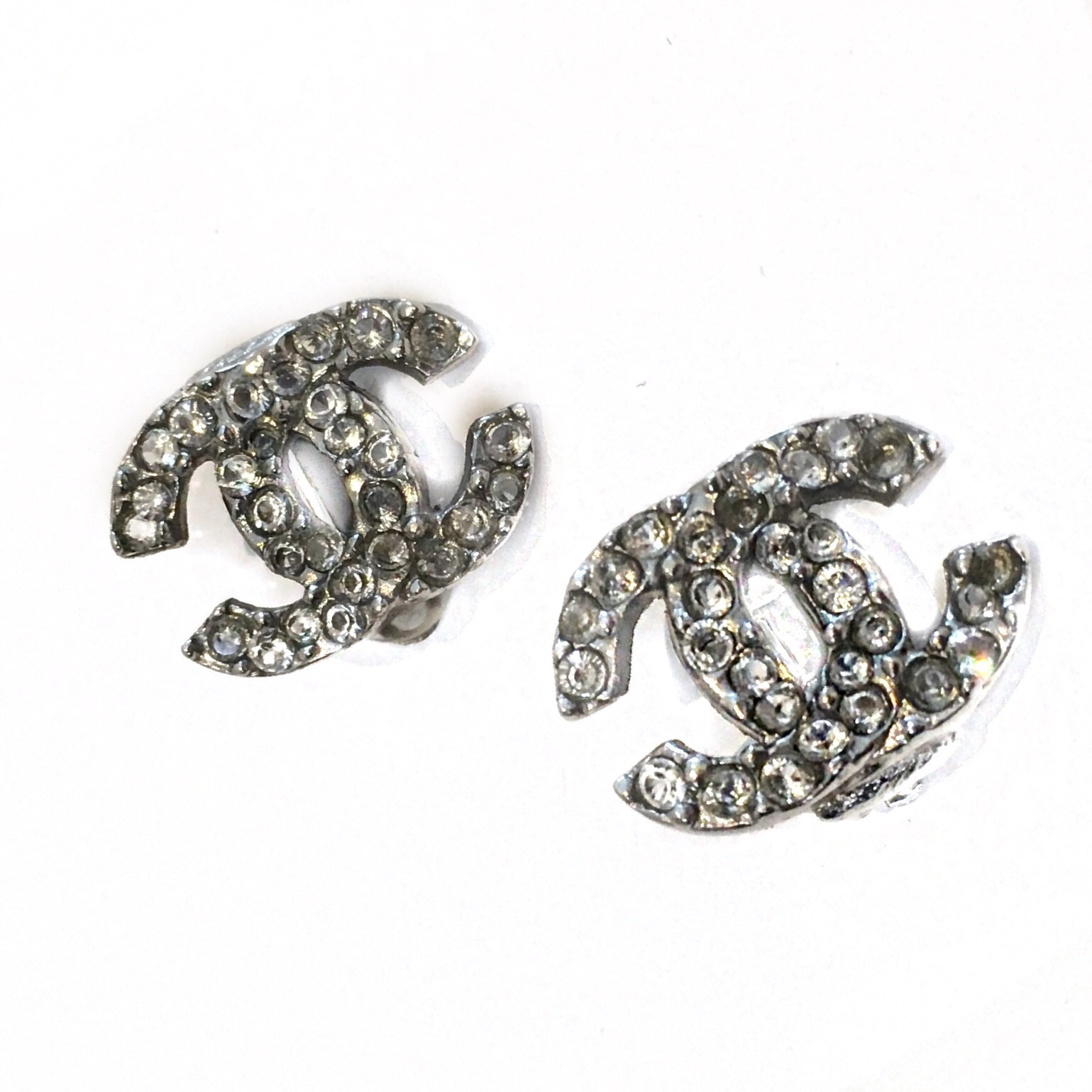 Chanel-Earrings_116299A.jpg