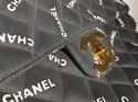 Chanel-Jumbo-Flap-Vintage-Handbag_134692B.jpg