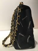 Chanel-Jumbo-Flap-Vintage-Handbag_134692F.jpg
