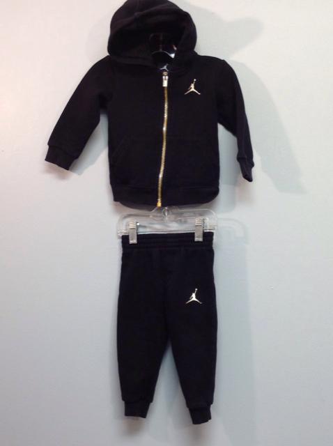 Nike-Size-18M-Black-2p-Set_568196A.jpg